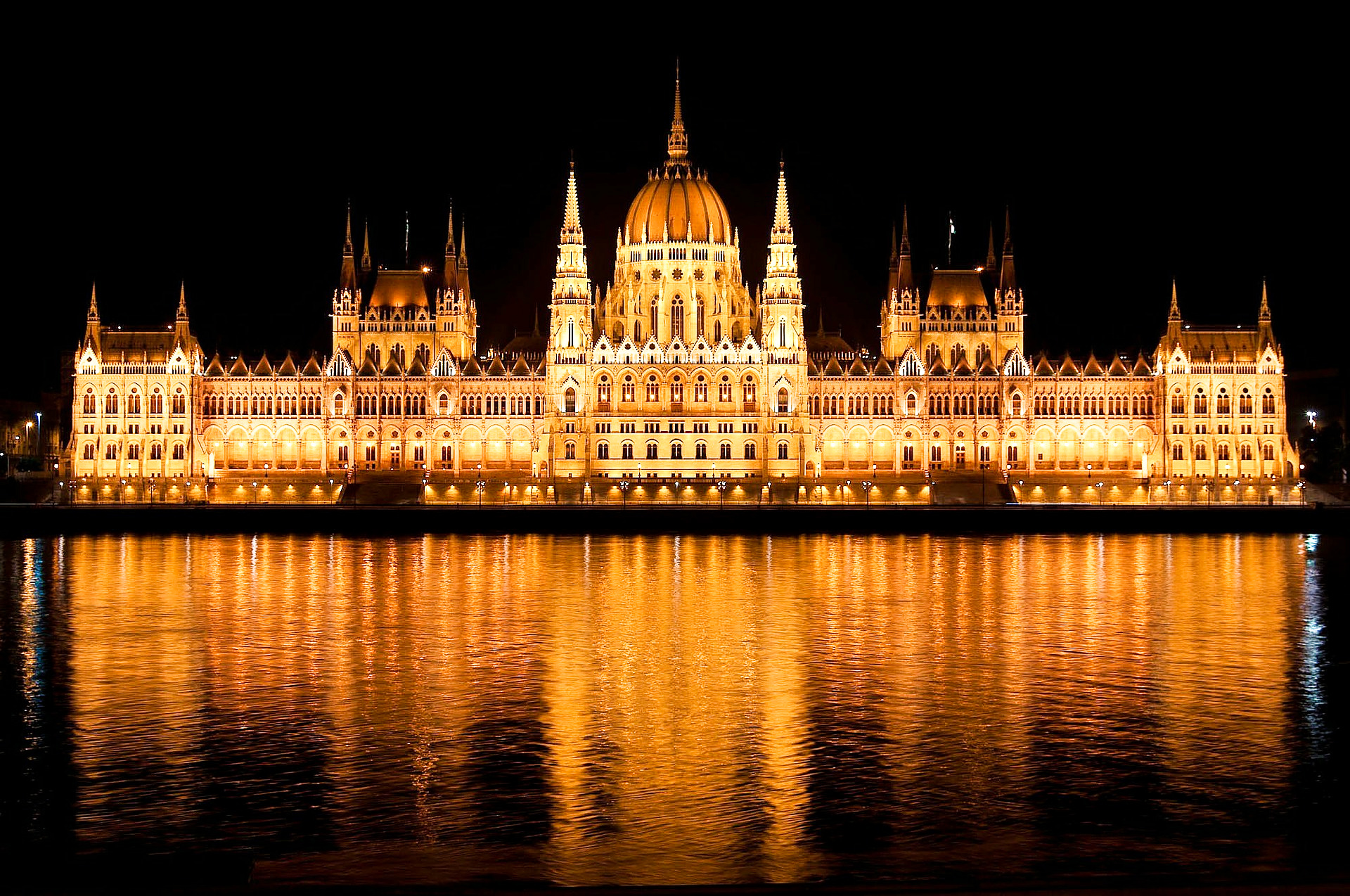 budapest-parliment