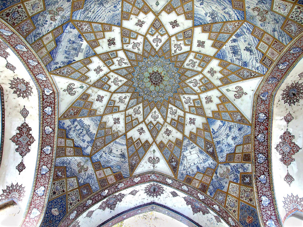 Decoration-at-Fin-Garden-Kashan-Iran