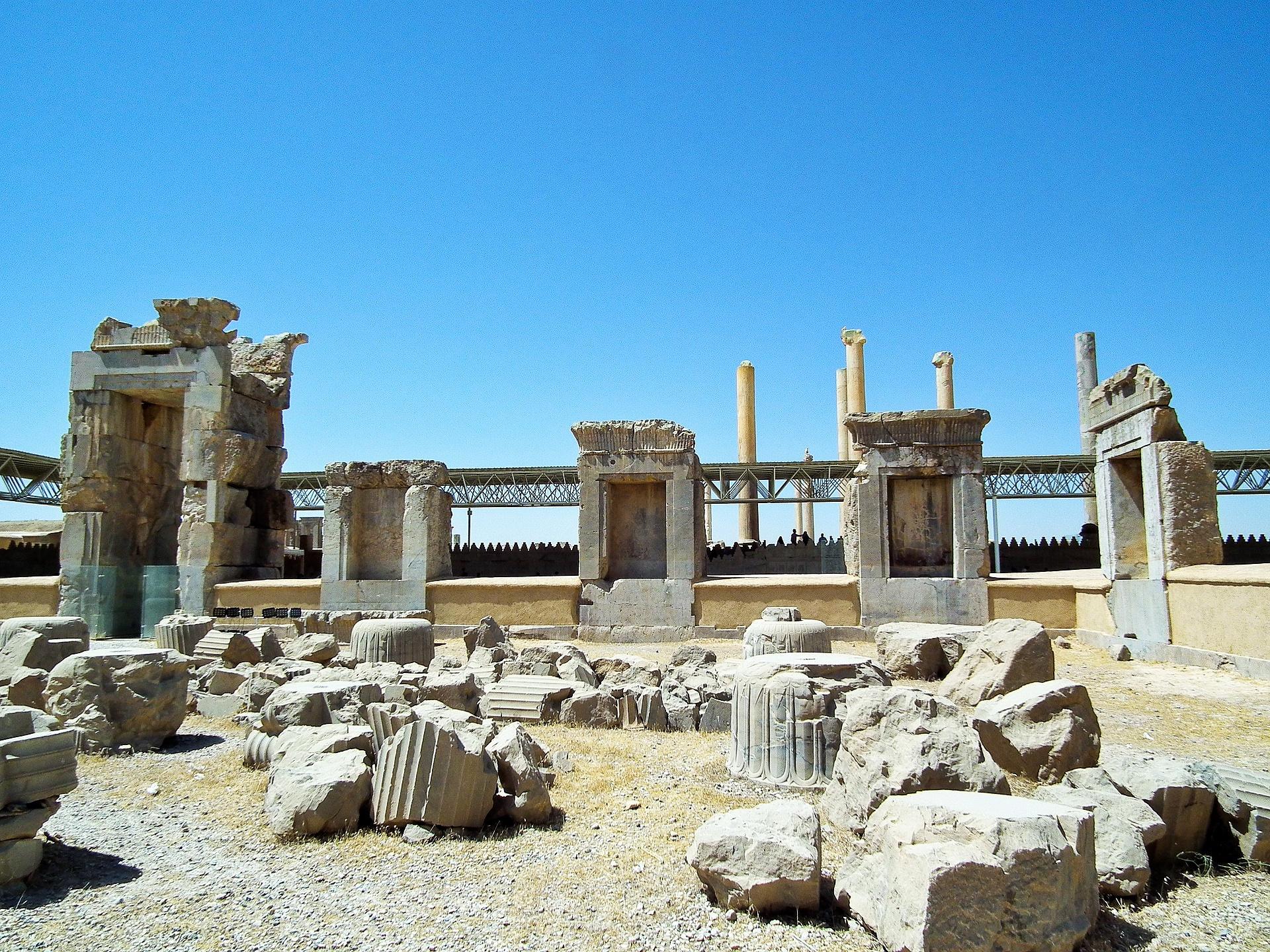 Ruins-in-Presepolis